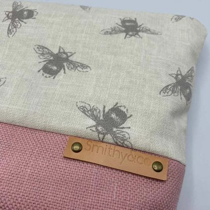 Linen Bee Pink Base Make Up Bag detail